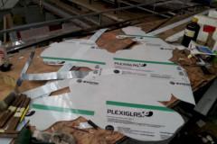 1_1-Plexiglass-cut-to-shape-1500-800